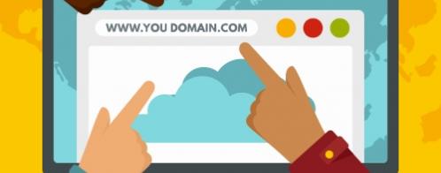 Au mieux, mettre des mots clés dans une URL ne sert à rien